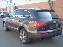 DSC04056 (euromotor-gallery) Tags: audi 2007 q7
