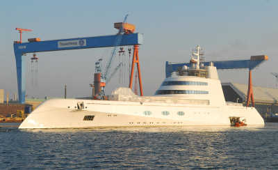 Yacht von Sergey Brin