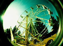 Farris Wheel! (Jason Betz) Tags: film metal spokane fuji cross im listening processed whell farris