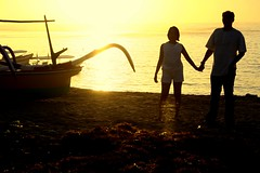 us (adlaw) Tags: bali seaweed beach sunrise indonesia boat adlaw prewedding cottonii farl geger