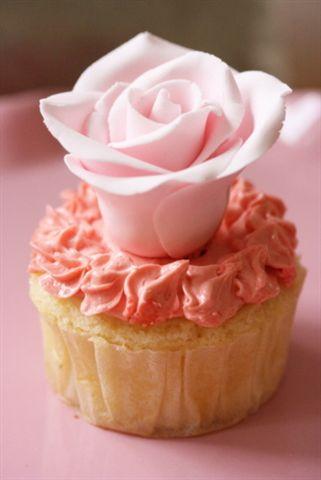rose cupcake (2)