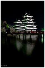 Matsumoto - Matsumoto Castle at Night (bug944) Tags: castle japan night tripod  matsumoto   japanesecastle  matsumotoj k20d da2132ltd 2009japan