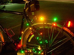 christmas bicycle night lights bright raleigh christmaslights led oneway