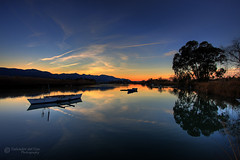 Scenes from L'Estany: a haven of peace and tranquility (2/3) (Salva del Saz) Tags: sunset espaa reflection valencia canon atardecer eos boat twilight spain bravo barca searchthebest dusk reflejo 1022mm hdr highdynamicrange 1022 cullera estany lestany efs1022 40d salvadordelsaz superbmasterpiece salvadelsaz diamondclassphotographer flickrdiamond bratanesque ostrellina