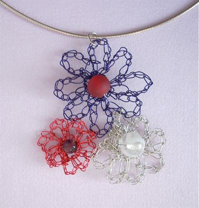 How to Crochet a Wire Flower Pendant