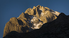 Peña Castil (jtsoft) Tags: mountains landscape asturias olympus alpenglow picosdeeuropa e510 cabrales zd50200mm peñacastil jtsoftorg