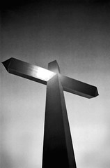 Cross (Glen's Pics) Tags: blackandwhite bw easter texas cross crosses religiousicons glenspics groomtx emptycross vanetten