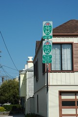 Don't follow these signs (Robert Ogilvie) Tags: foundinsf gwsf