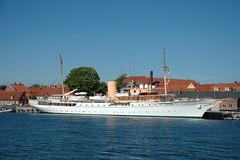Her Danish Majesty's Yacht Dannebrog (Peter Bromley) Tags: denmark nikon d70 nikond70 royal queen danish rex danmark majesty bornholm bromley dannebrog rnne kongeskibet margretheii kongeskib