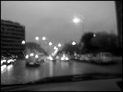 pioggia in citt (: panti :) Tags: auto cars blackwhite bn cielo luci pioggia biancoenero vetro fari macchine tergicristallopioggiagoccenuvole