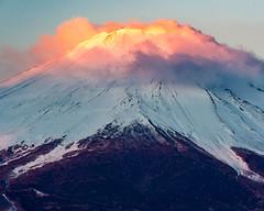 Fuji of the morning sun (shinichiro*) Tags: 南都留郡 山梨県 日本 jp 20170221ds44394 2017 crazyshin nikond4s afsnikkor70200mmf28ged february winter fuji lakeyamanaka 33049841575
