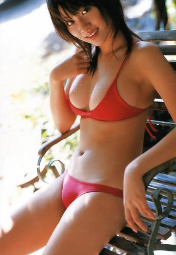 Mikie Hara starring bikini idol