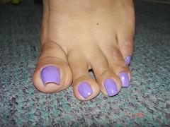 1420 (lyonslyonslyons) Tags: long toenails