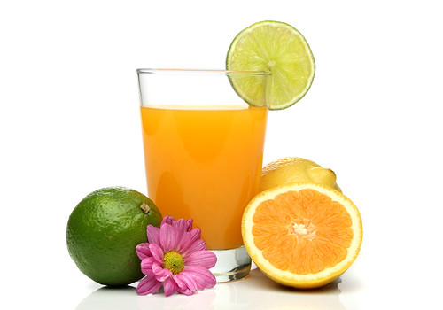Orange juice with fruit composition