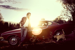 (karlerikbrondbo) Tags: sunset man saint norway angel cat volvo lillehammer retro 50mmf14 redcar bildekritikk nikond700 nodonkeyonthatshot photoartbloggroup karlerikbrndbo