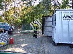 Immer schn nachlegen (Feuerwehr Weblog) Tags: rescue days vu technische th weber 2007 ludwigshafen hilfe hydraulik friedricheberthalle