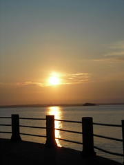 sunrise on the battery (froggies315) Tags: color water clouds sunrise skies blueribbonwinner mywinners naturewatcher