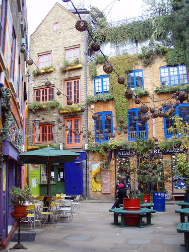 Neal's Yard Remedies: New Direct Selling Business