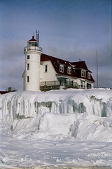 Point Betsie on Ice (John Clement Howe) Tags: michigan benziecounty pointbetsielighthouse