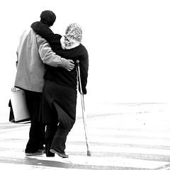 LOVE (Roozbeh Feiz) Tags: blackandwhite bw love canon blackwhite persian iran canon20d documentary persia instant iranian moment impromptu  socialdocumentary 2007 spontaneous instantphotography   roozbeh 1386 feiz spontaneousphotography handheldphotography roozbehfeiz nosetup withoutsetupphotography nosetupphotography iranianstyle persianstyle ~vista iranianphotographer iranianphotographers   feizaghaii     feizcom   wwwphotoblogcomvista