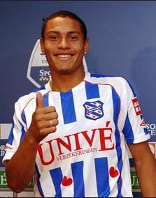 Paulo Henrique scoorde zaterdag tweemaal voor SC Heerenveen in zijn debuut tegen NAC Breda