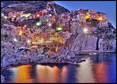 Manarola - Cinque Terre - Italy (Giacomo) Tags: sunset sea summer italy holiday nature colors mediterraneo italia mare village estate natural no liguria ligury flash dream unesco cinqueterre vernazza monterosso turismo colori nativity manarola hdr vacanza vacanze riomaggiore corniglia laspezia paese meditterranean 5terre olympusmju700 ecotourisme bellitalia ecoquality lesamisdupetitprince superstarthebest flickraward5
