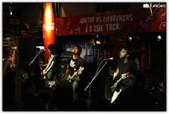 Fresno @ Estdio Coca-Cola (Rafael Saes) Tags: show music rock canon rebel live lucas porto gustavo fresno shows rodrigo msica aovivo canto santo silveira tavares guaratuba vavo xti eos400d estdiococacola
