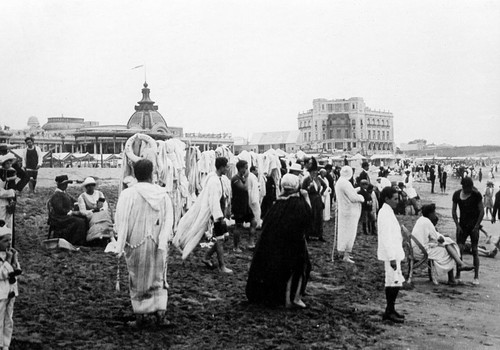 Foto Antigua de Playa Bristol | Vintage Photo of Bristol Beach, Mar del Plata, Argentina by rodrimdq on Flickr