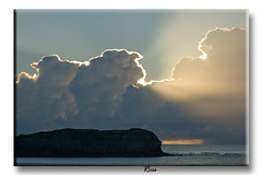 Fingal Halo (Cher (Ross and Cher)) Tags: morning water surise fingalheads