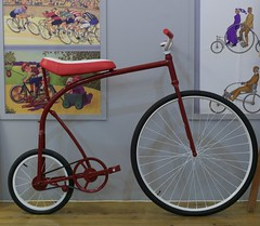 A bicycle designed to be used by a Circus's Clown (pedrosimoes7) Tags: bicycle red circus clown cyclistmuseum caldasdarainha portugal rouge bicicleta palhaço circo museu musée museum design metallic metálico creativecommons cc ✩ecoledesbeauxarts✩ artgalleryandmuseums
