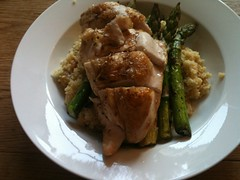 Roasted chicken w asparagus and couscous