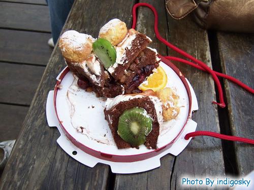 2007_0526_早上的蛋糕,現在要來把它解決掉
