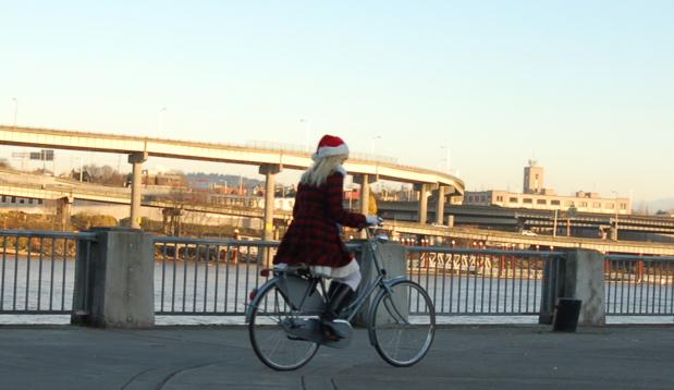 santas_1_bike