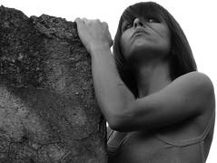 MERCEDES (Erniebm) Tags: portrait bw woman byn argentina girl mujer buenosaires retrato bodylanguage mechi