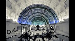 Dome of superiority. (r.dalmook) Tags: mall you emirates moe biz miss lain emi i fowg armyalaiz