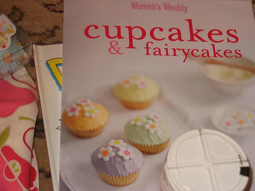 A cupcake cookbook!
