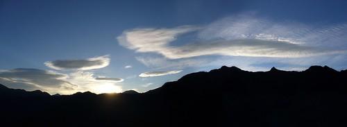 日出.玉山山脈