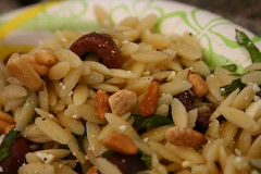 Orzo salad (with pine nuts)