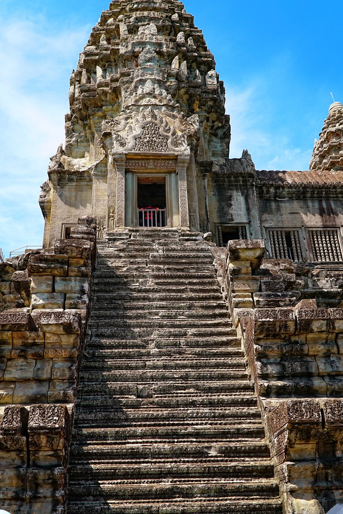 Explore the Ruins of Angkor Wat in Cambodia, the Street View