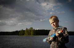 Saku @ Sysmä, Finland, June 14th 2009 (Sampsa Kettunen) Tags: canoneos5d saku 2009 ase gun sysmä finland visitfinland canon maisema landscape bw colourless sampsakettunengmailcom sampsakettunen