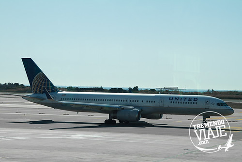 New United/Continental livery @ BCN Airport