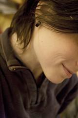 a ne se voit pas mais aujourd'hui j'avais une culotte rose (redjoshuameg) Tags: selfportrait smile rose 365 sourire culotte day187 365days 20071009 ridedebouche tenuedatelier anesevoitpas