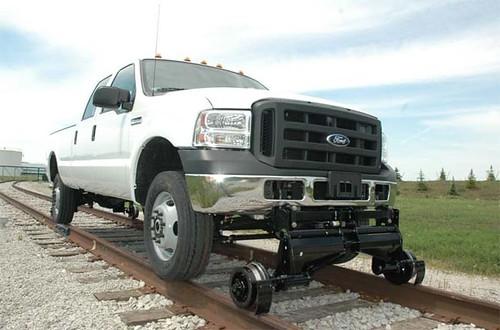 Hi-Rail Modern Trucks, Mobil yang dapat berjalan di rel kereta