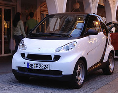 I want a smart car (JeremyJQuinn) Tags: cute smart car drive awesome want angry bite subtle redesign
