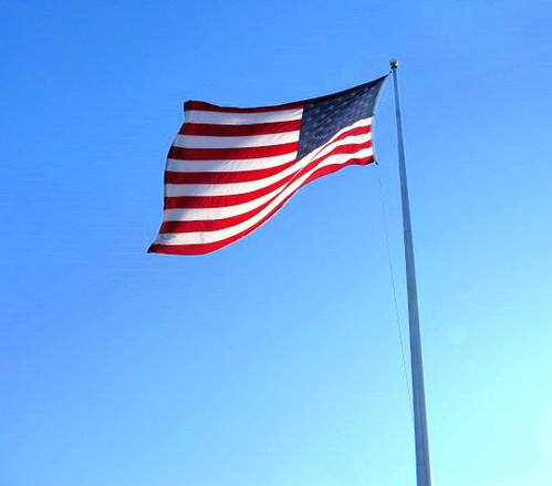 just struck me as a great flag shot on a perfectly gorgeous day ...