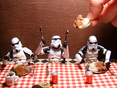 Dinner Is Served! (Doctor Beef) Tags: dinner toy actionfigure stormtroopers mashedpotatoes stormtrooper thumbsup twothumbsup hamburgergravy thumbsupwrestling tuw023