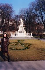 Alpes 261 - Estátua de Mozart Vienna