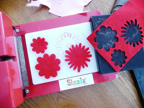 machine to cut felt shapes
