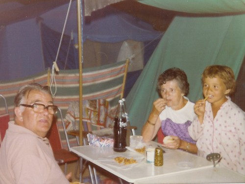 Grampa Carey-o Nana and Me, Tossa 1976
