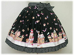 blkgingerbreadskirt (welgunde) Tags: lolita cakehouse angelicpretty